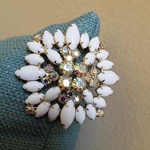 Vintage Jewelry - VINTAGE *Grand Luxe* White& Aurora Borealis Brooch